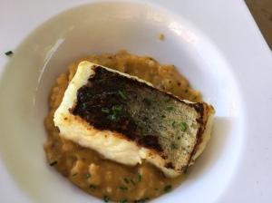 Taco de merluza con quinoa de purrusalda
